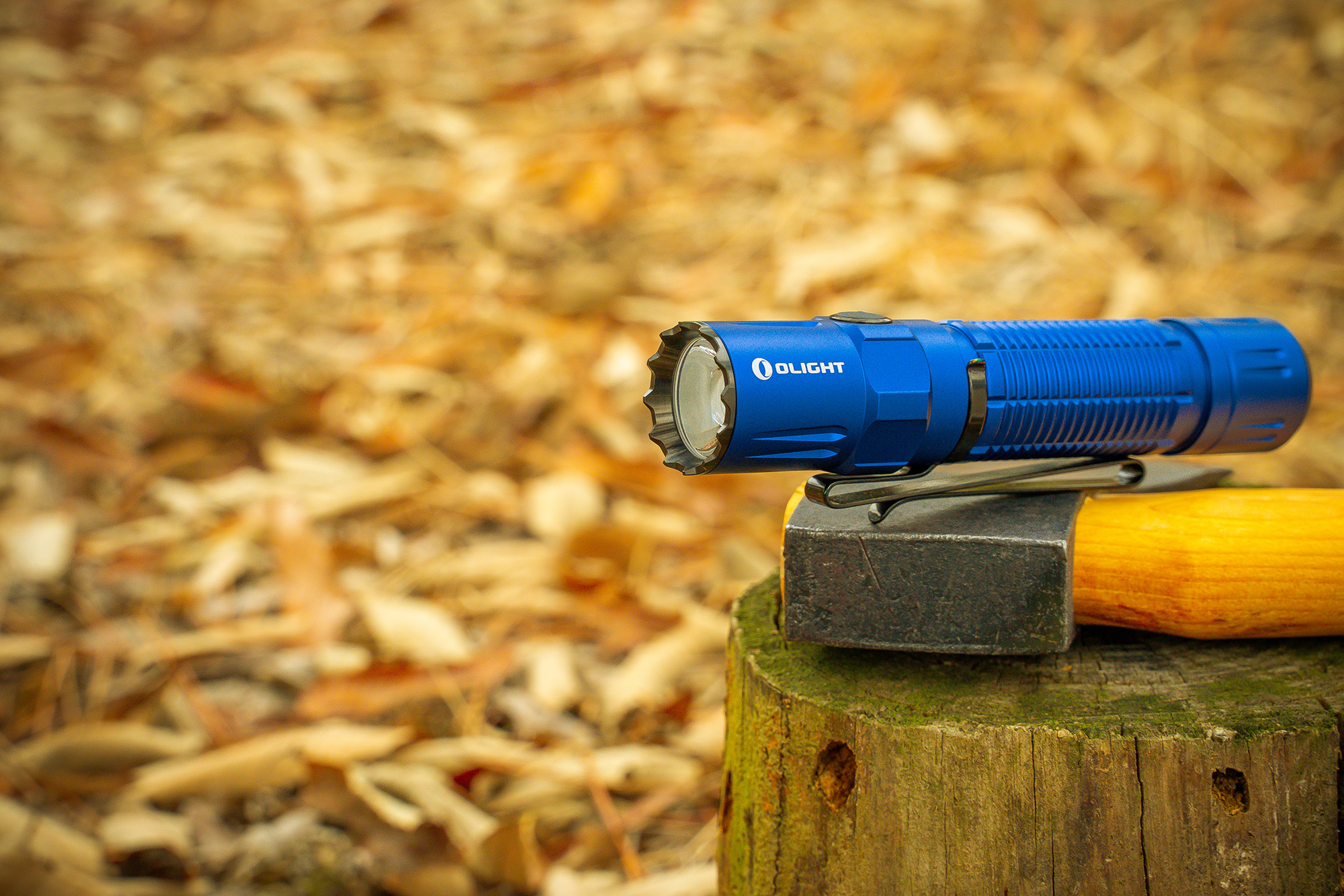 M2R Pro Warrior Takes The Tactical Gear Flashlight To New Depths